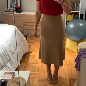 NWOT H&M beige midi align skirt